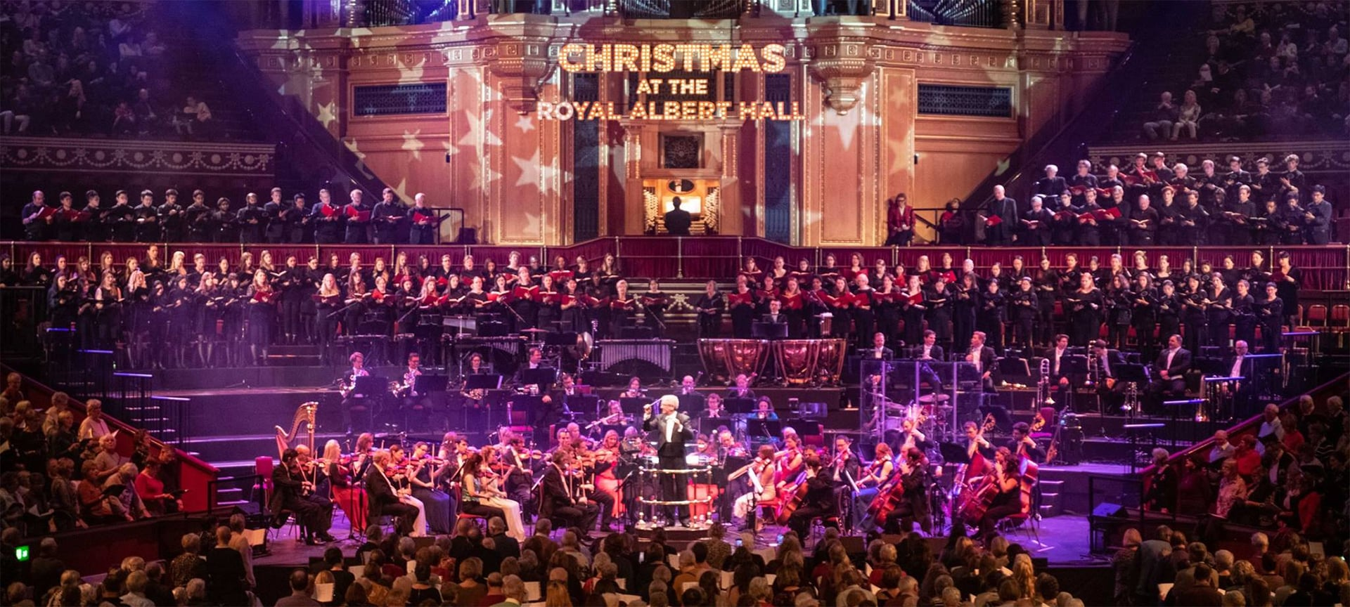 The Royal Choral Society returned to their spiritual home at the Royal Albert Hall with a festive programme packed full of glorious carols old and new. Did you know that the 150-strong choir has sung at the Hall every Christmas for over a hundred years?