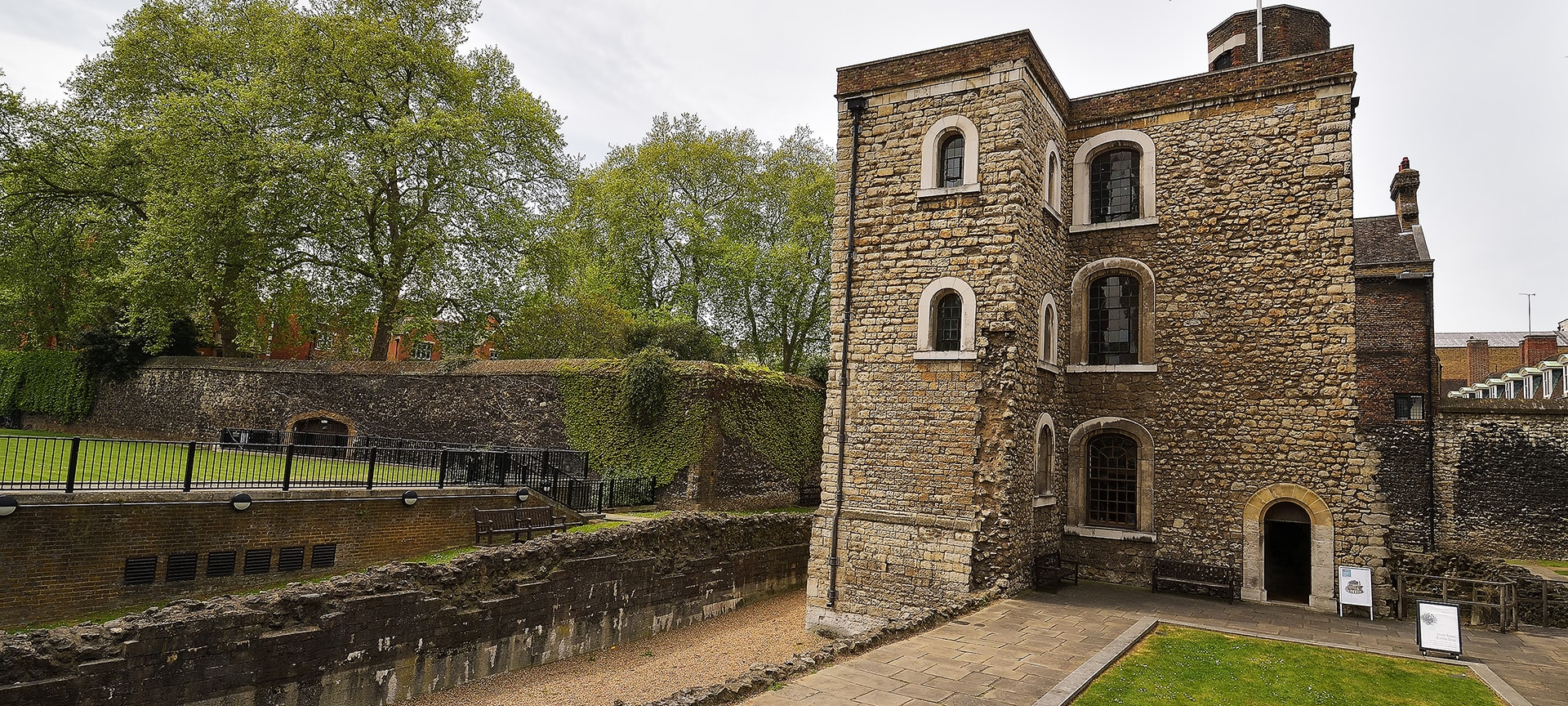 Before they moved to their current home at the Tower of London, the Crown Jewels were housed in the Jewel Tower. The tower is one of only two parts of the original Palace of Westminster, which burned down in 1512. It also survived a second fire in 1834 and bombing in the Second World War, so it was definitely built to last.