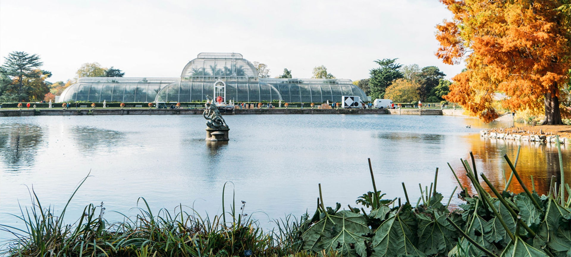Explore one of London's most beautiful locations with a visit to the Royal Botanical Gardens, Kew. The world's largest collection of living plants, this UNESCO World Heritage Site features 326 acres of diverse plant life from across the globe. Journey through glasshouses and landscapes shaped over 250 years of history.